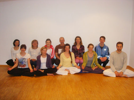 Yoga in Villach mit Mira Yoga